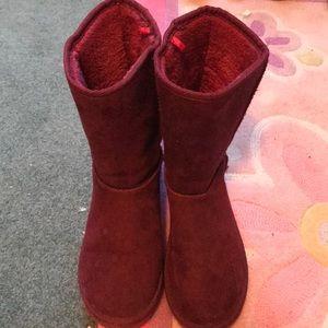 Boots —-slipper